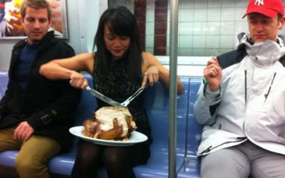 Прикольные люди в метро, 30 фото