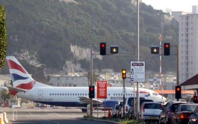 10 самых страшных аэропортов на планете, 20 фото