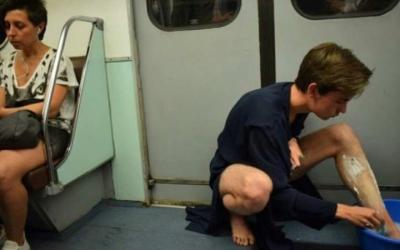 50 фото людей, которые сумели поднять всем настроение в вагоне метро