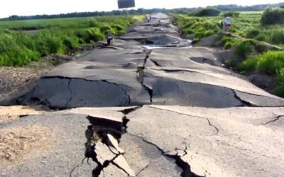 65 душераздирающих фото из серии «Суровые русские дороги»