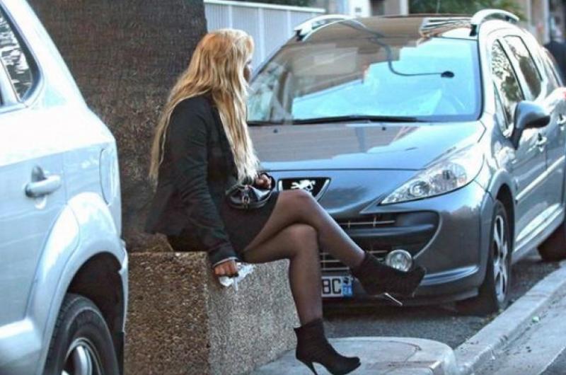 Проститутки в ницце телефоны тюмень проститутки
